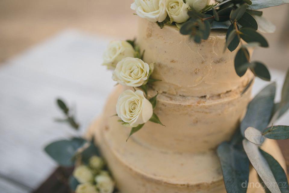 detail of the wedding cake - Chiara & Jeremee