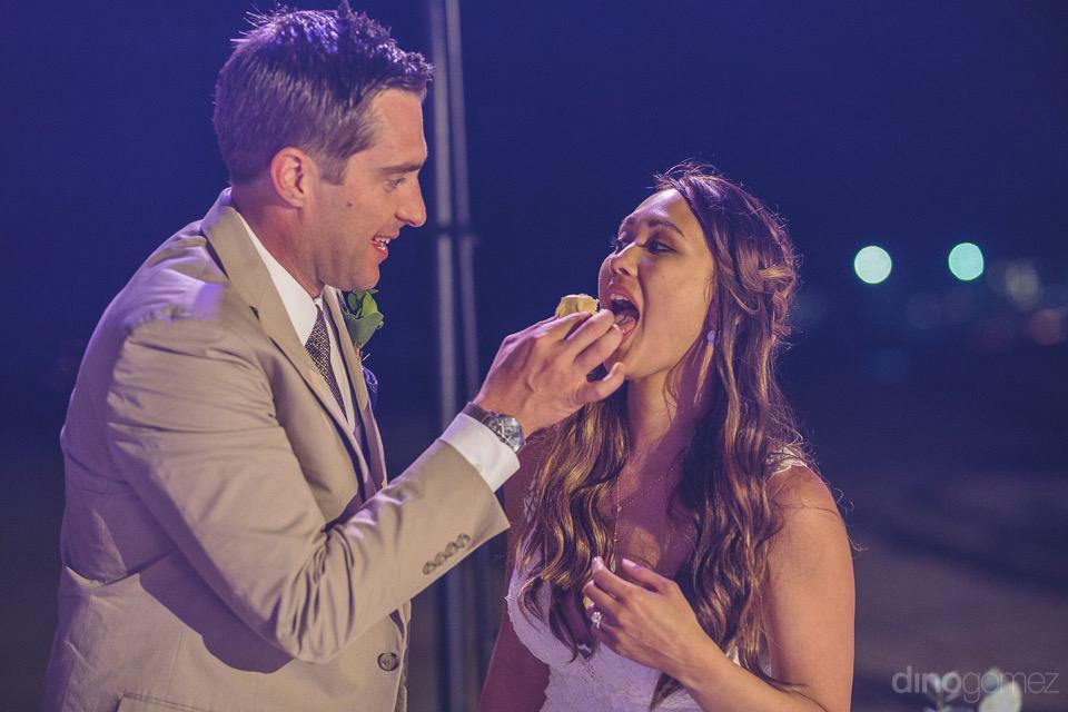 cake cutting of the newlyweds - Chiara & Jeremee